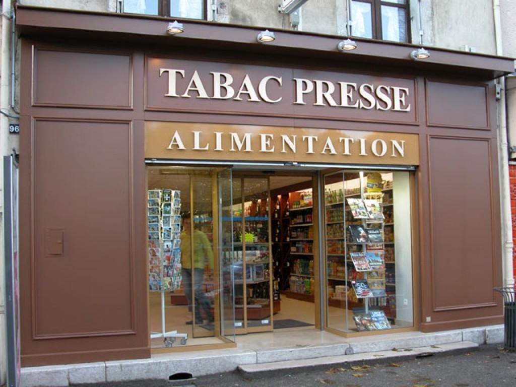 Agencement Magasin Tabac Presse Bourg En Bresse 01 Desperrier