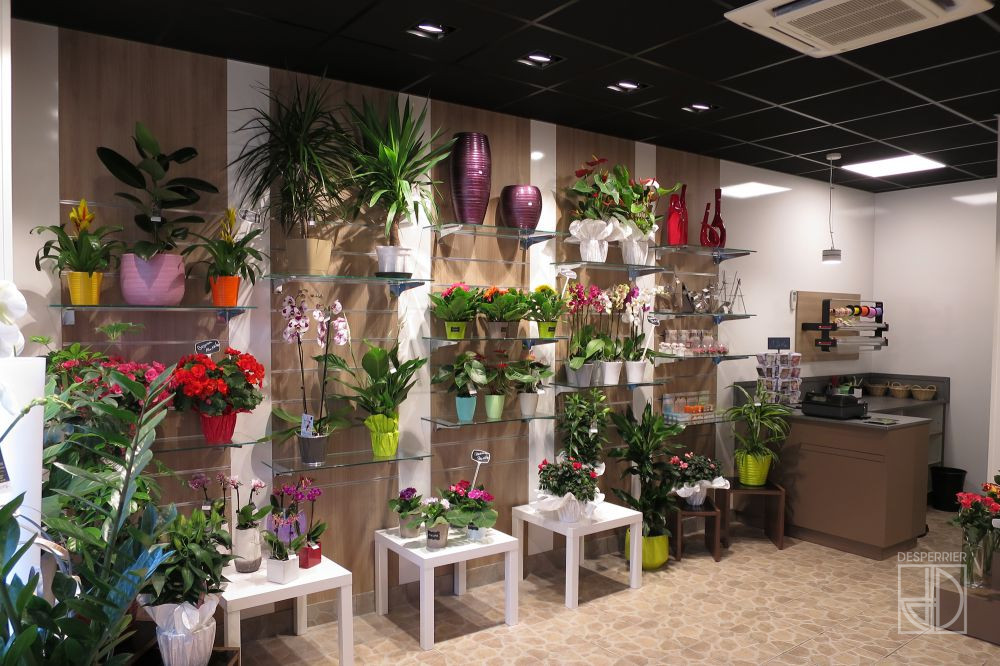 Cr ation et agencement de magasins fleuriste desperrier for Magasin amenagement jardin
